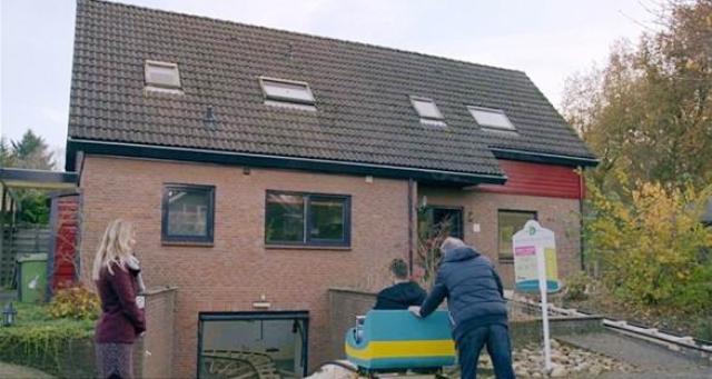 أغرب طريقة لعرض منزل للبيع