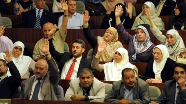 الجزائر.. قوانين لصالح المرأة تثير حفيظة الرجال