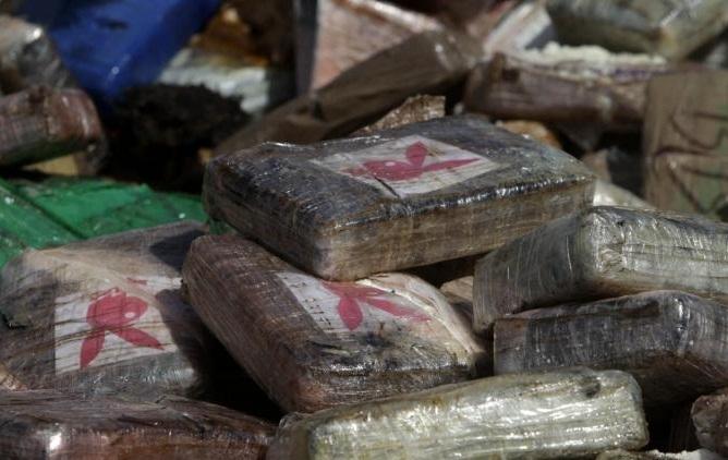 الأنتربول يبحث عن أزيد من 500 جزائري أغلبهم من أباطرة المخدرات دخلو الى المغرب بطريقة غير شرعية