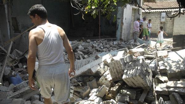 بعد الهزة الأرضية...خوف واجتجاجات تخيم على البليدة بالجزائر