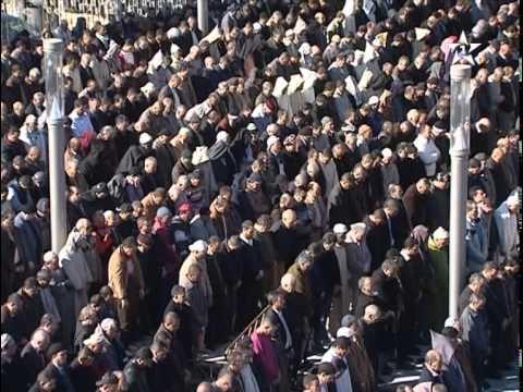 الأمير مولاي رشيد والألاف يودعون باها إلى مثواه الأخير