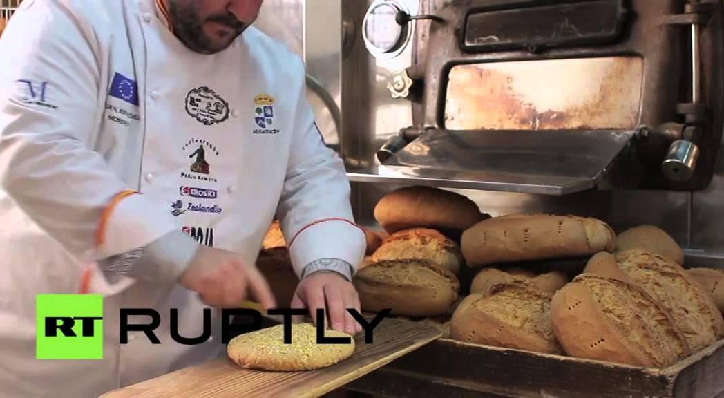 أغلى رغيف خبز في العالم يعد بإضافة الذهب