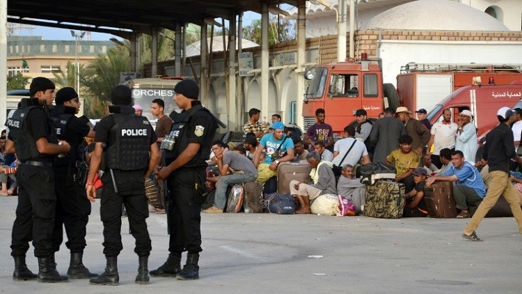 حالة تأهب في تونس بعد وقوع انفجارات على معبر رأس جدير الحدودي مع ليبيا