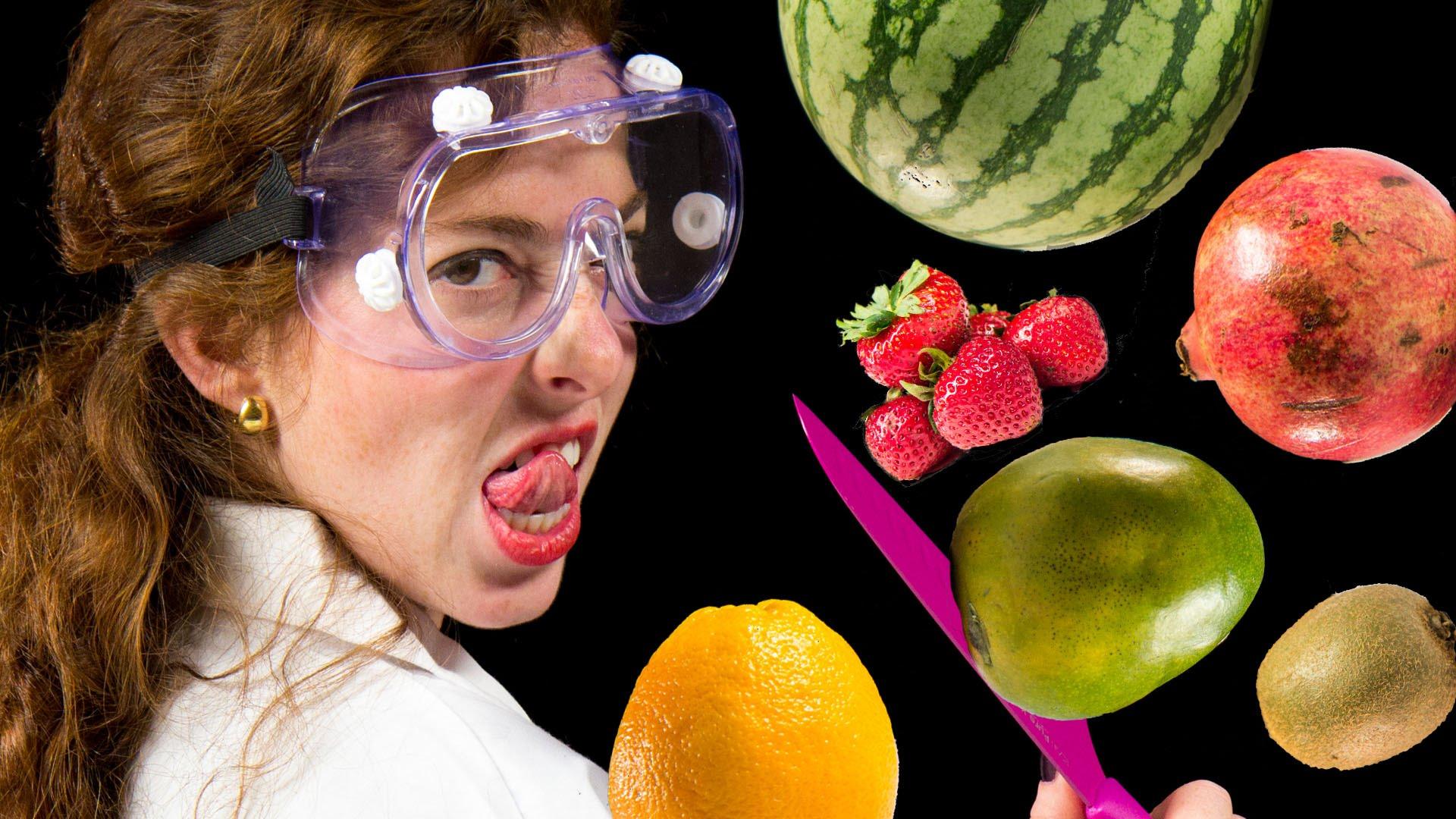 بالفيديو: 6 أنواع من الفواكه كنت تتناولها بشكل خاطئ