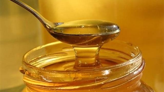 العسل للقضاء على جفاف البشرة في الشتاء