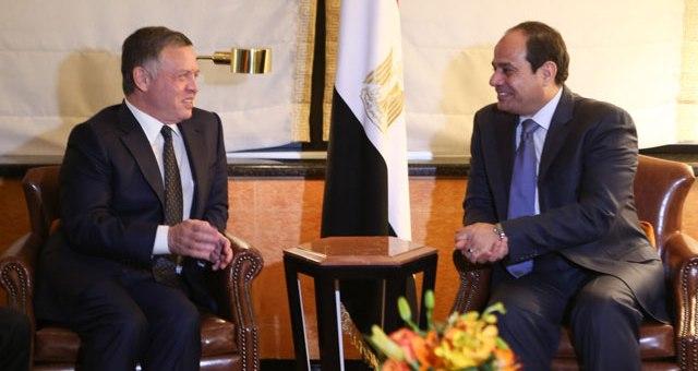 السيسي يلتقي الملك عبد الله الثاني بعمان