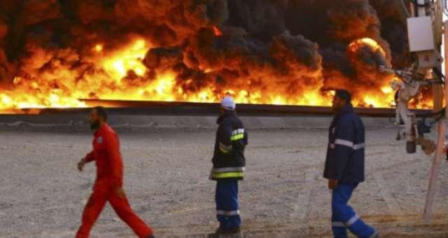 ليبيا: إخماد حرائق أربعة صهاريج بميناء السدرة النفطي