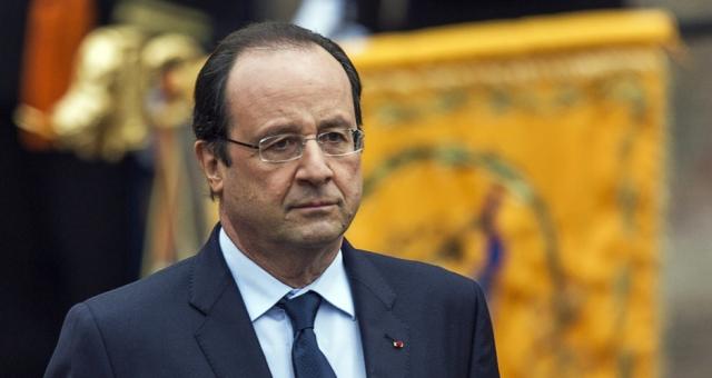 هولاند محط انتقاد من طرف اليسار الفرنسي