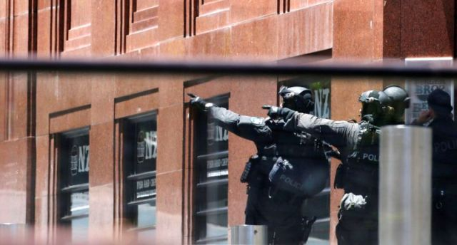 احتجاز رهائن في مقهى في استراليا