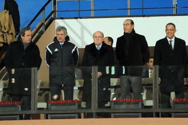 الجمهور يشتم الجامعة والوزارة في ملعب مراكش