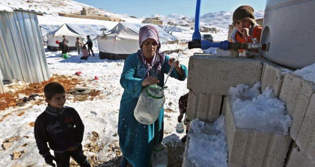 منظمات تطالب الدول الغنية بإيواء اللاجئين السوريين