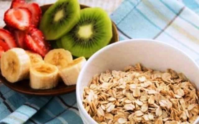 أطعمة لذيذة تساعد فى التغلب على الحموضة