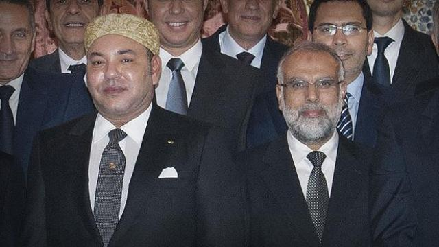 العاهل المغربي ينوه بخصال