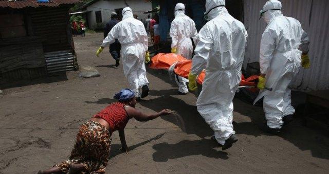 إيبولا تحصد أرواح أكثر من 7 آلاف شخص