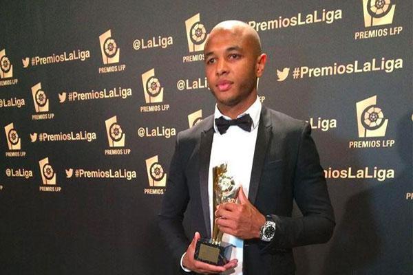 ياسين براهيمي أفضل لاعب جزائري في 2014