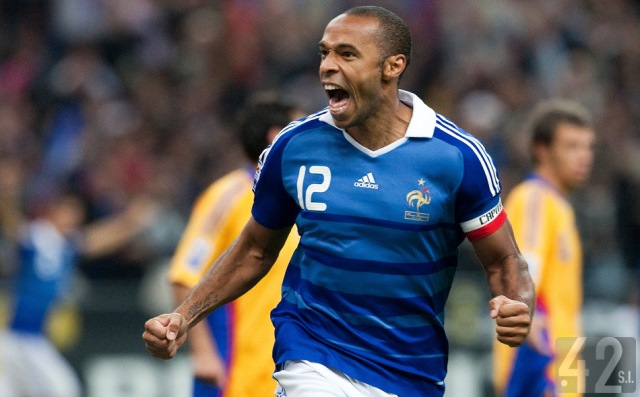 تيري هنري يعود لتعزيز المنتخب الفرنسي