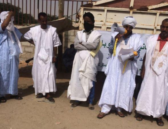 الجالية الموريتانية بأوروبا تطالب الجمارك برفع القيود عن السيارات