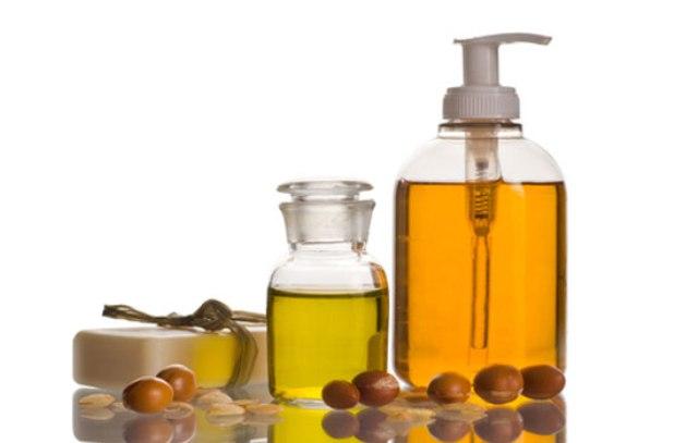 الاتحاد الأوروبي يدعم المغربيات المُنتجات لزيت أركان
