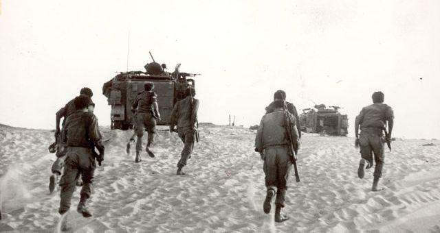 وفد إسرائيلي بمصر للبحث عن رفات 22 جنديا