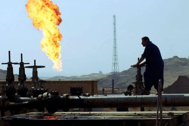 روسيا: توجد قرابة 12 ألف ناقلة نفط على الحدود العراقية-التركية