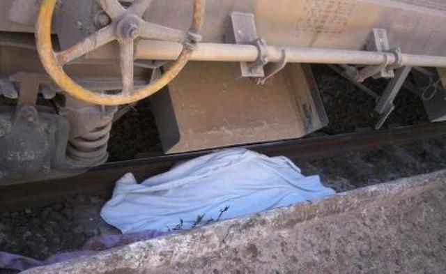 قطار لنقل الفوسفاط يدهس شابا مغربيا