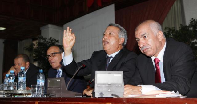 موثق يستولي على 6 مليارات من أموال عمدة  الدار البيضاء وبعض نوابه