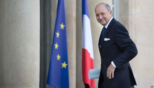 وزير خارجية فرنسا يعلن أنه ينوي القيام قريبا بزيارة للمغرب للبحث عن حلول للأزمة بينهما
