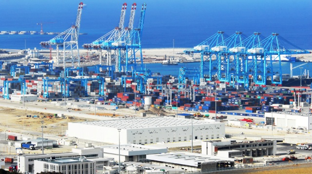 ميناء طنجة المتوسط يواصل نجاحه ويحصل على شهادة