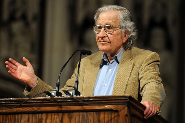 اتحاد كتاب المغرب يستنكر تصريحات الفيلسوف الأمريكي نعوم تشومسكي  عن الصحراء
