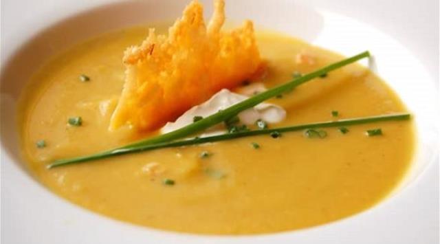 وصفتان لحساء صحي للحصول على الدفء في الشتاء