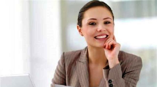 5 وسائل عناية بالبشرة للمرأة العاملة