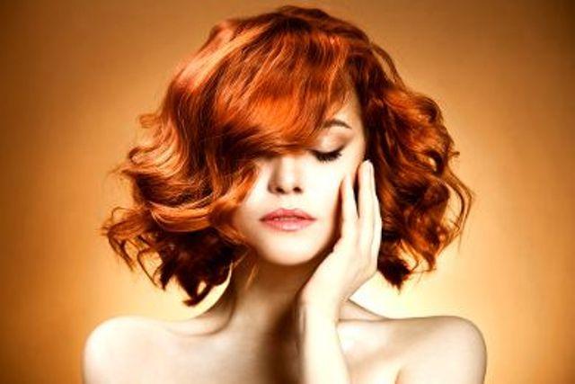 انقذي شعرك من أضرار الشتاء.. بهذه النصائح