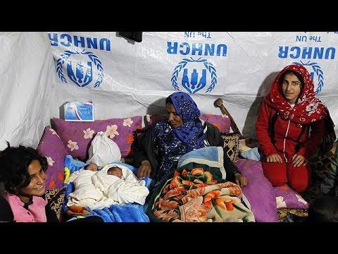 معاناة اللاجئين السوريين