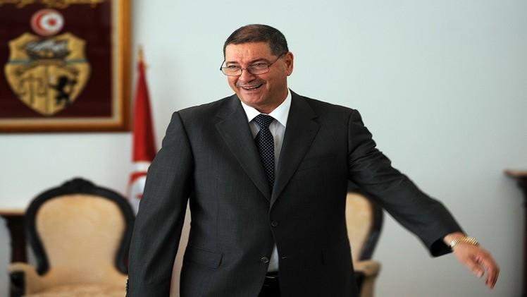 مخاض حكومة تونس بين خيار التقاطب وخيار التوافق