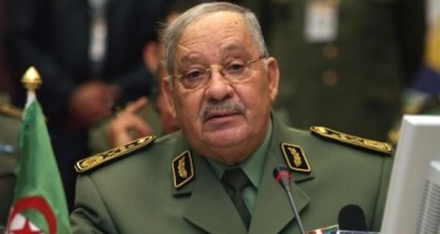 قايد صالح يأمل أن تحظى الوساطة الجزائرية برضى الليبيين