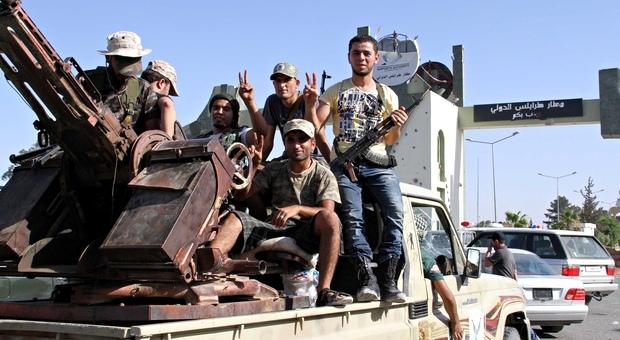 فجر ليبيا تقبل بوقف إطلاق النار استجابة للدعوات الدولية
