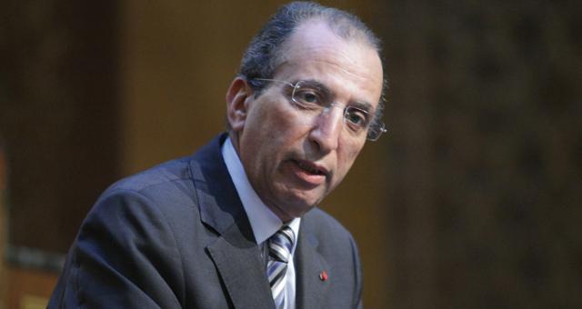 وزير الداخلية المغربي يجتمع مع زعماء الأحزاب السياسية بحضور وزير العدل