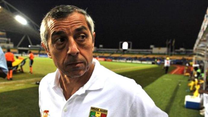 مدرب السنغال: الجزائر تملك ثلاثي مرعب
