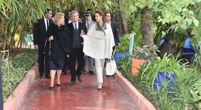 الأميرة للا سلمى والسيدة دومينيك وتارا تزوران حديقة ماجوريل التاريخية بمراكش