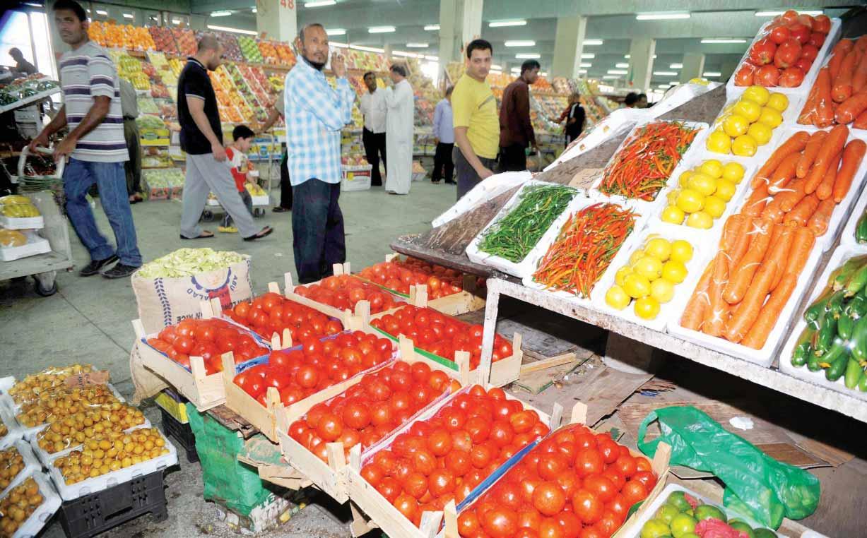 أسواق الخضر و الفواكه تكوي جيوب الجزائريين