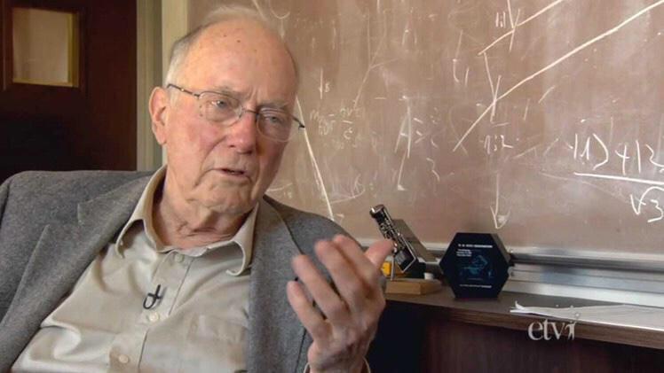 وفاة مخترع الليزر عن عمر 99 عاماً