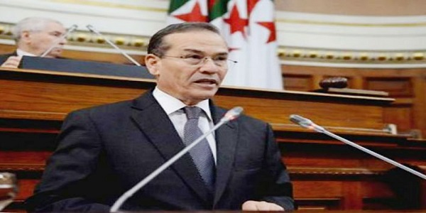 جلاب: الحكومة الجزائرية تتابع أسعار النفط  و تعلن الحرب على الصناديق الخاصة