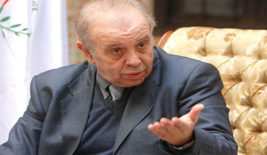 السيد قسنطيني يقترح استشارة الخبراء الوطنيين والدوليين بخصوص مشكل استغلال الغاز الصخري بالجزائر