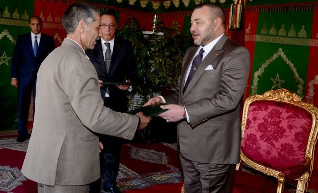 العاهل المغربي يطلق مشروعي