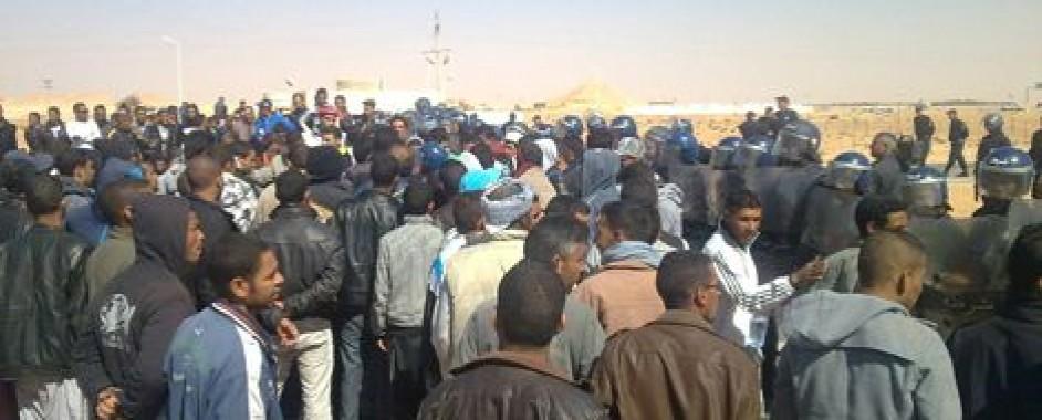 سكان عين صالح يتظاهرون ضد استخراج الغاز الصخري بسبب مخاطره على تلوث المياه والطبيعة