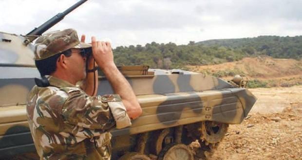 الجزائر تستنفر قواتها العسكرية على الحدود الشرقية مع تونس