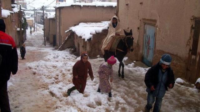 المغرب ..توزيع مساعدات مخصصة للساكنة في المناطق الجبلية