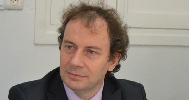 قنصل فرنسا في فاس يتعرض لحادث عرضي ويخضع لعملية جراحية استغرقت ثلاث ساعات