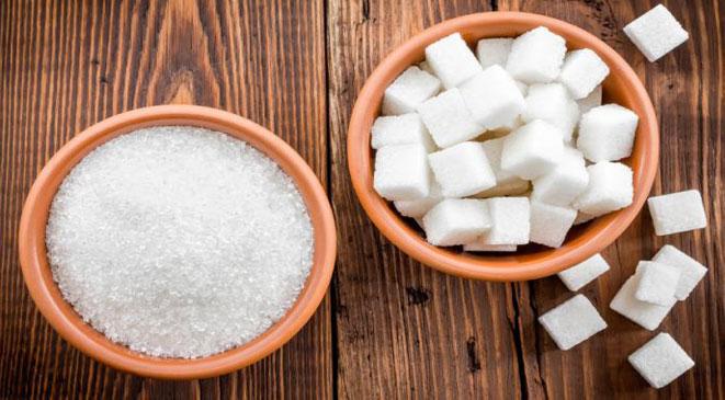 بدائل تخفف من الإفراط في استخدام الملح والسكر