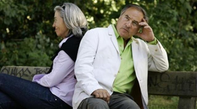 دراسة: التعاسة الزوجية تدمر الصحة في الكِبر